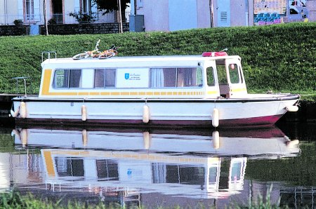 Espade 930 rental of licence-free barges on rivers and canals of France