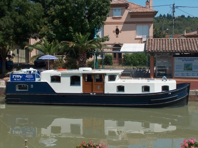 Euroclassic 139 rental of licence-free barges on rivers and canals of France
