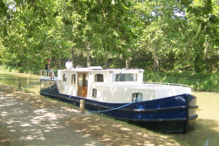 Euroclassic 149 rental of licence-free barges on rivers and canals of France