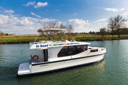 Horizon 1 turismo paseos Francia vacaciones barco lancha a motor chalana gamarra