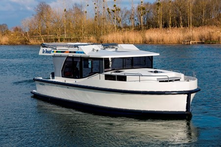 Horizon 2 rental of licence-free barges on rivers and canals of France