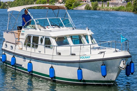 Linssen Grand Strudy 34.9 rental of licence-free barges on rivers and canals of France