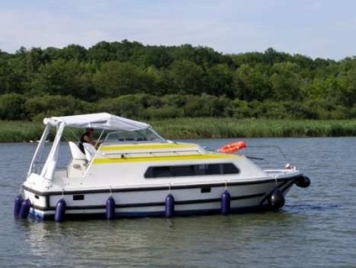 Navig 27 rental of licence-free barges on rivers and canals of France