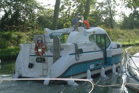 Nicols 900 Confort CN tourisme ballade france vacance bateau vedette peniche penichette