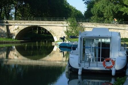 Nicols Quattro CN tourisme ballade france vacance bateau vedette peniche penichette