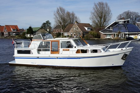 Palan C 950 rental of licence-free barges on rivers and canals of France