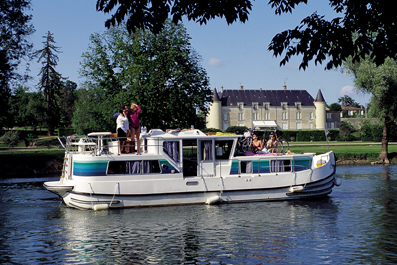 Pénichette 1160 FB tourisme ballade france vacance bateau vedette peniche penichette