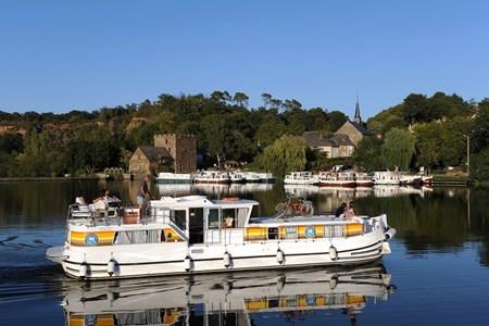 Pénichette 1400 FB F Noleggio cabinati a motore senza patente sulle riviere e canali di Francia
