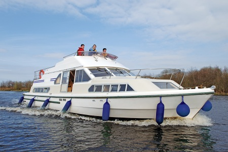 Shannon Star rental of licence-free barges on rivers and canals of France