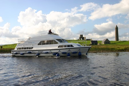 Waterford Class rental of licence-free barges on rivers and canals of France