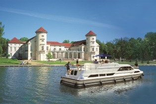 House-Boats rental Barging Germany