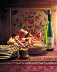 Sauerkraut, typical dish of Alsace accompanied by a wine from the same region